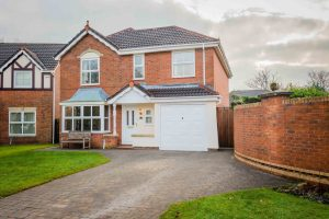 6 Winterburn Close, Bromley Cross