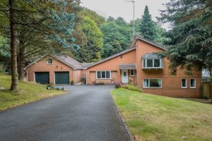 27 The Glen, Heaton, Bolton, BL1 5DB